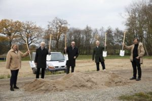 BAS2011_Ground_Breaking_Ceremony_4c_Print.jpg